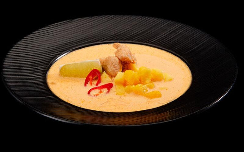 Тайский суп «Карри» с курицей