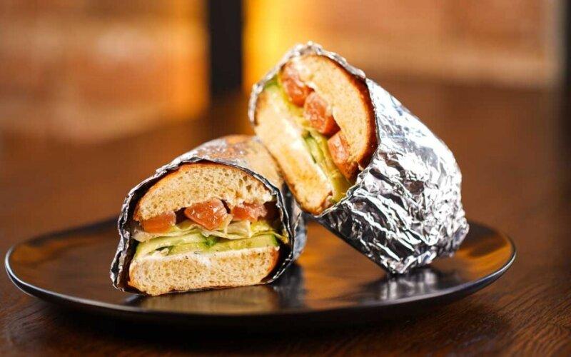 Сэндвич с сёмгой и крем-чизом