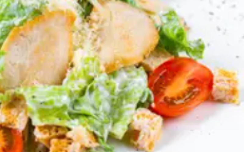 Салат «Лёгкий с курицей»