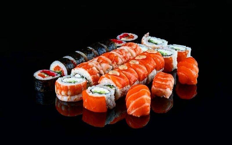 Суши-сет «Майами» + 3 нигири