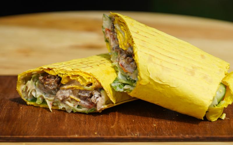 Кебаб с овощами и говядиной