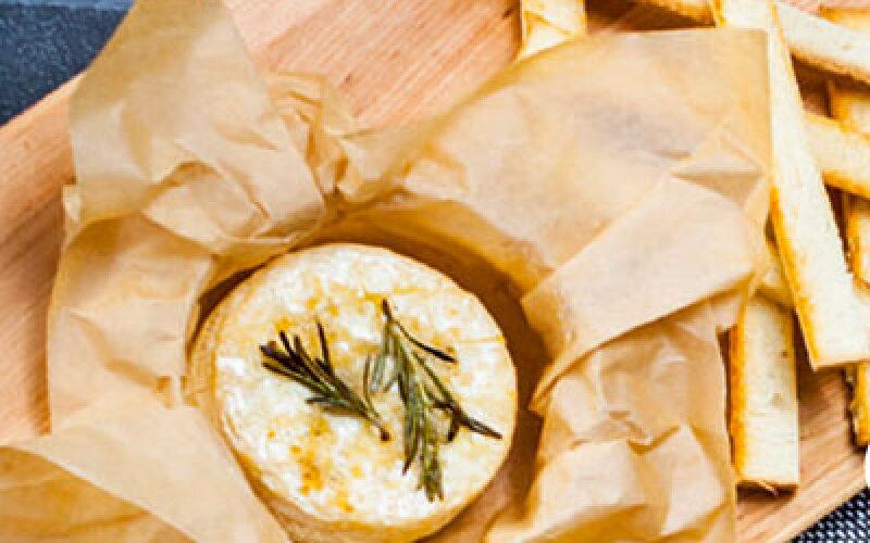 Запечённый сыр «Камамбер»