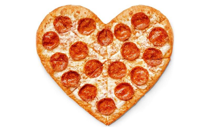 Пицца «Пеперони-сердце»