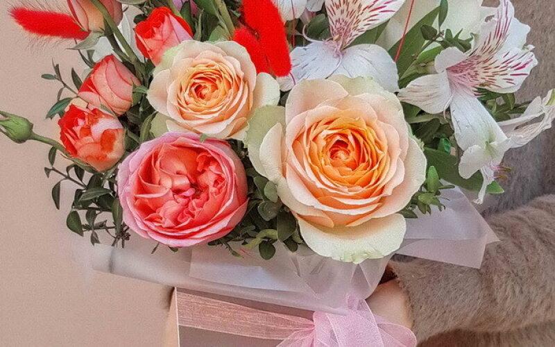 Коробка с цветами №69