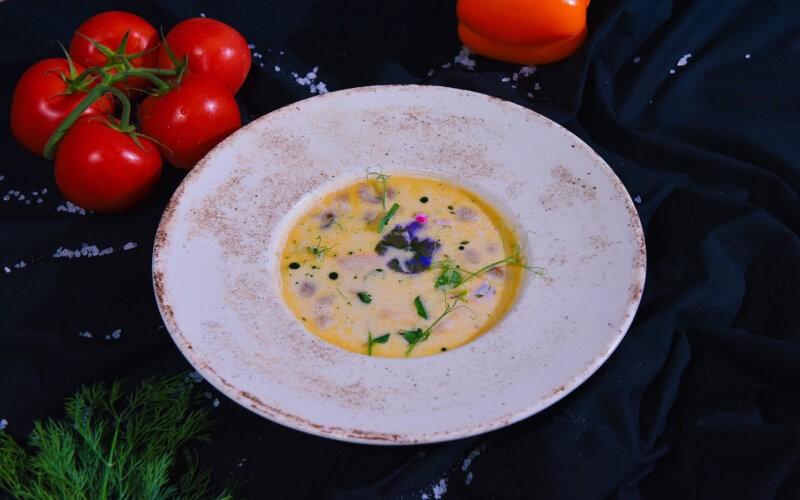 Суп «Том ям» на кокосовом молоке