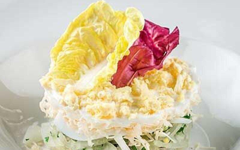 Салат-коктейль Мимоза с тунцом и сыром