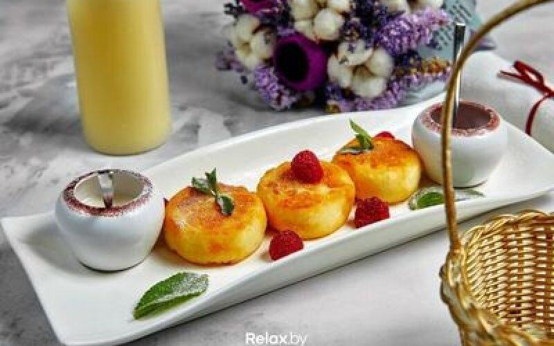 Сырники с клубнично имбирным соусом