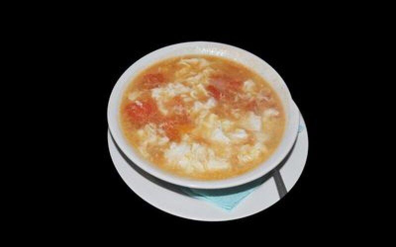 Суп с томатами и яйцами