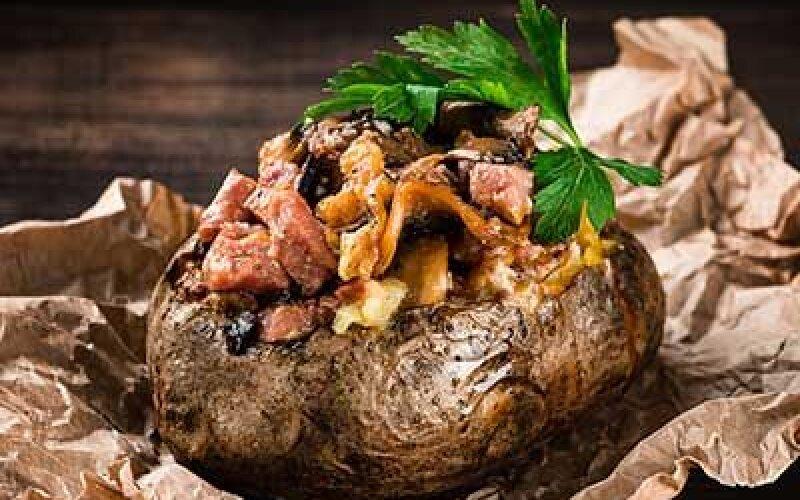 Клубенек с сыром, ветчиной и грибами