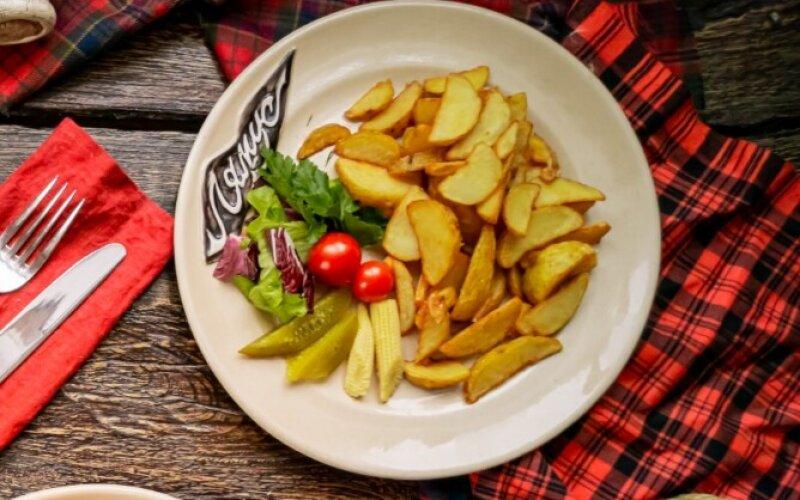 Картофель жареный «По-деревенски»