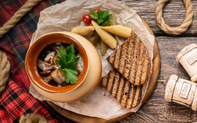 Горячее блюдо «Ужин батрака»