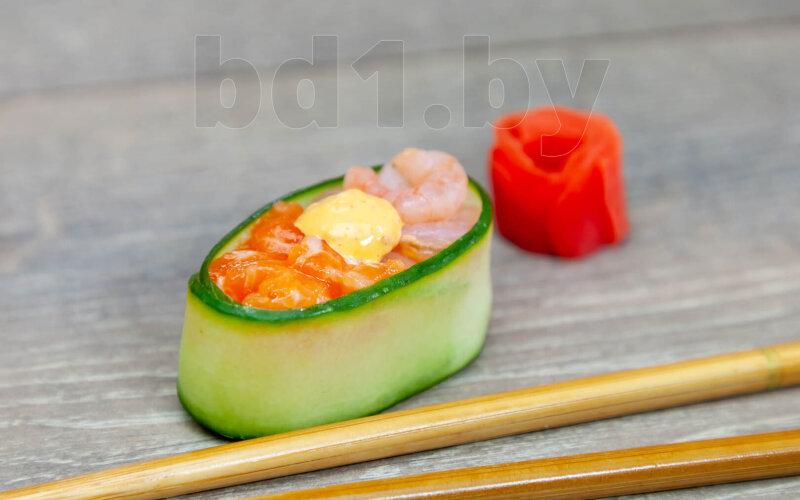 Гункан«Фреш лосось-креветка спайси»