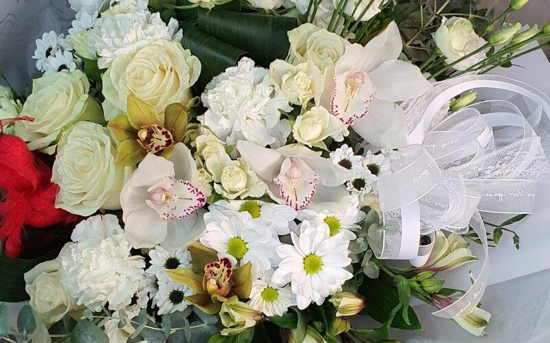 Букет цветов «Белый танец»