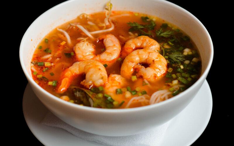 Суп «Бун тон»