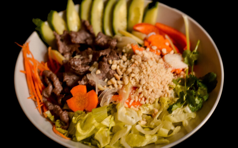 Тёплый салат Bun Chon