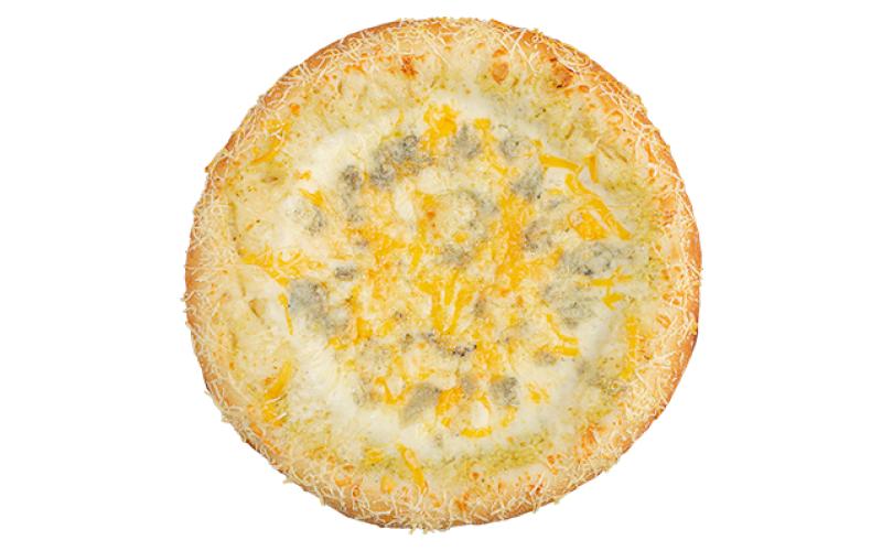 Четыре сыра на пышном тесте