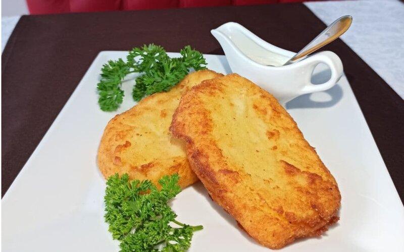 «Цыбрики» с сырной начинкой