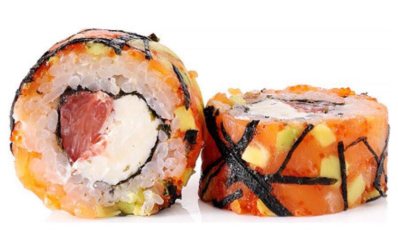 Ролл с грейпфрутом и  лососем
