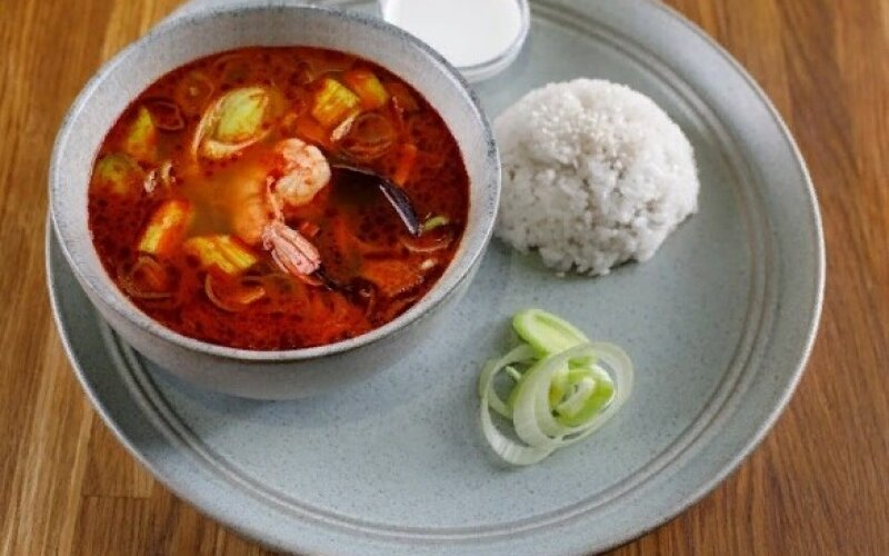 Суп «Том Ям» с морепродуктами